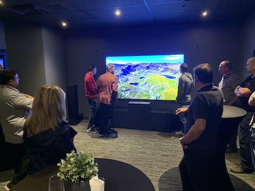 Sherpa Group holds exclusive Quebec launch of the new 98-inch Samsung Q900 series panel
